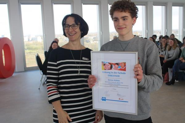 Schüler unserer Schule erringen Preise beim Schulprojekt 'Zeitung in der Schule'